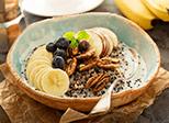 Pekannuss-Apfel-Porridge